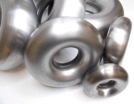 "DEEZ Performance Stainless Steel Donut 2 1/2"""